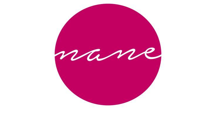 Ideamos el Logotipo de la marca de ropa Nane con elementos circulares ya que son muy optimistas.