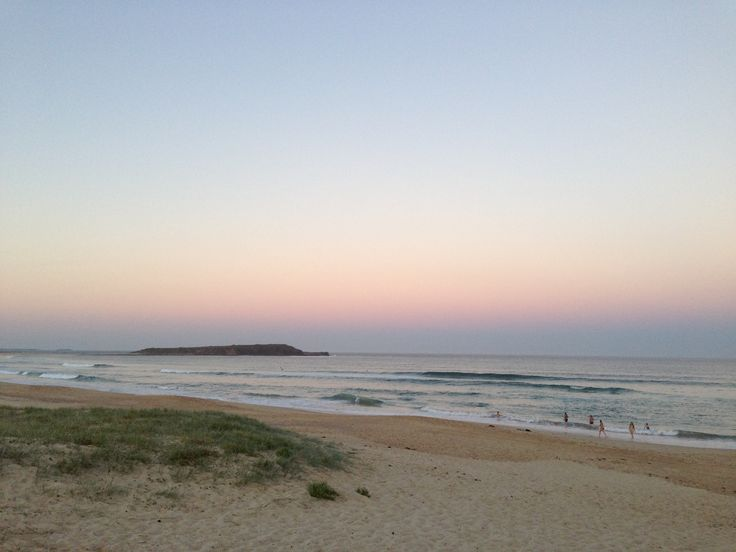 2013. Warilla Beach on sunset, looking at Windang Island