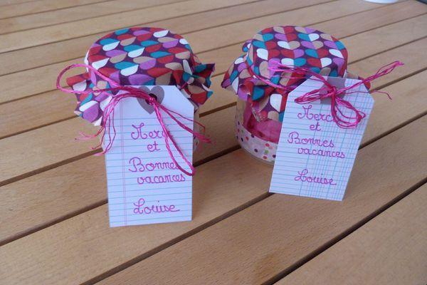 les 45 meilleures images propos de kids cadeau ma tresses sur pinterest bo tes cadeaux. Black Bedroom Furniture Sets. Home Design Ideas