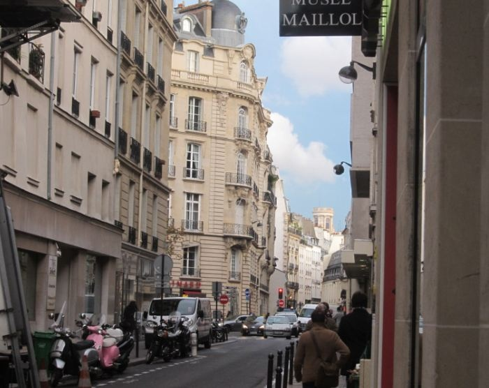 Spent 10 days on my own in an apartment a few years back. I loved exploring Paris!
