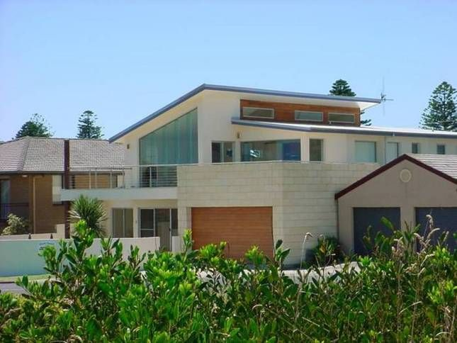 Blue Beach House | Warrnambool, VIC | Accommodation 7 Bedrooms