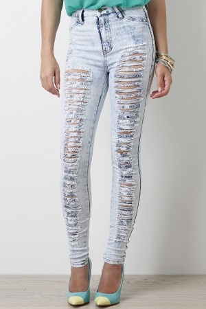 Shredded Desire High Waist Jeans $34.10 These would annoy the heck outta my boyfriends dad. Hahahaha