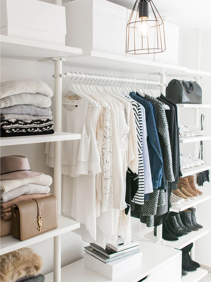 Don't Unpack Your Winter Clothes Without These 6 Closet Organization Hacks via @MyDomaine