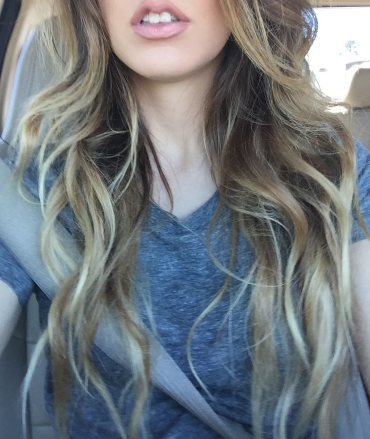 Pretty long brown and blonde ombré baylage hair. More hair inspiration @bkelly8801 on insta