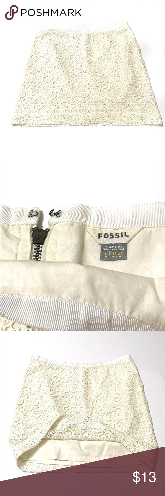 Fossil Cream Lace Skirt True to size. Smoke free home. No inside pets. Good used condition.  One small pinhole, please see photos. Fully lined Fossil Skirts Mini