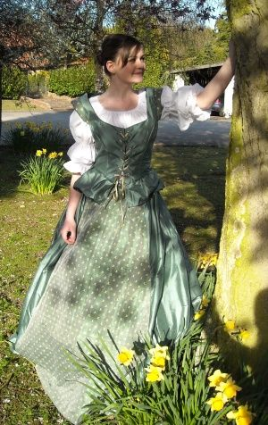 Medieval fancy dress hire. Tudor costume for hire in Suffolk