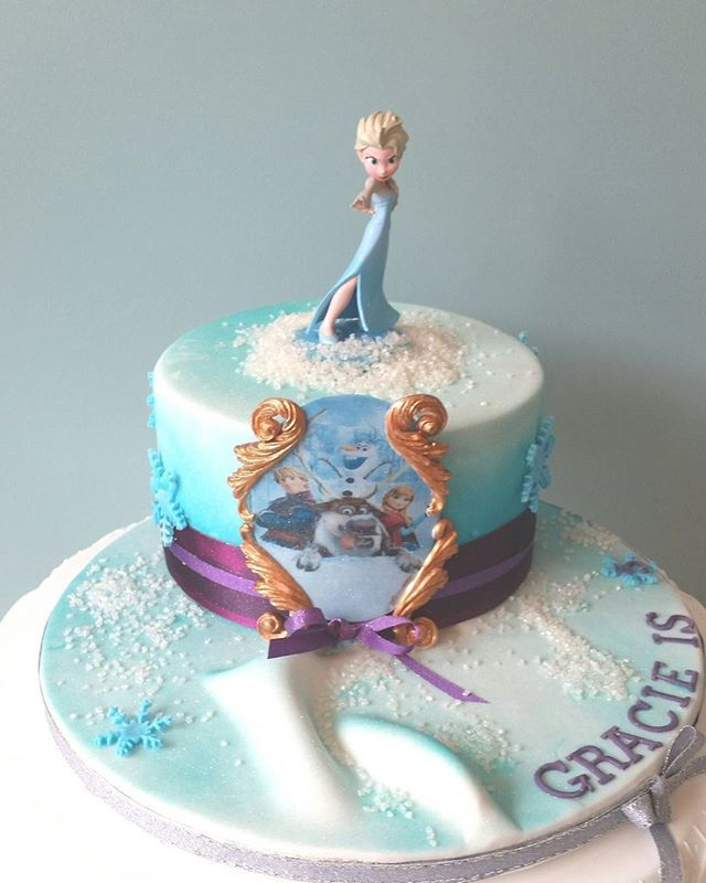 """#frozen #тортыназаказ #тортывбишкеке #шоколадныйторт #прага #торт #what #cakeproblems #cakedesign #bakerproblems #ilovemyjob #cakery #cupcakes #baker #nycevents #happybirthday #birthdaycake #customcake #christian #silly #tgif #friyay #fridayreal #party #parties #partying #event #events #eventplanning #eventplanner"" by @cakes_indonesia. #이벤트 #show #parties #entertainment #catering #travelling #traveler #tourism #travelingram #igtravel #europe #traveller #travelblog #tourist #travelblogger…"