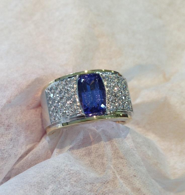 Tanzanite and diamonds, my favorite stone paired with diamonds   #Xennox #diamonds