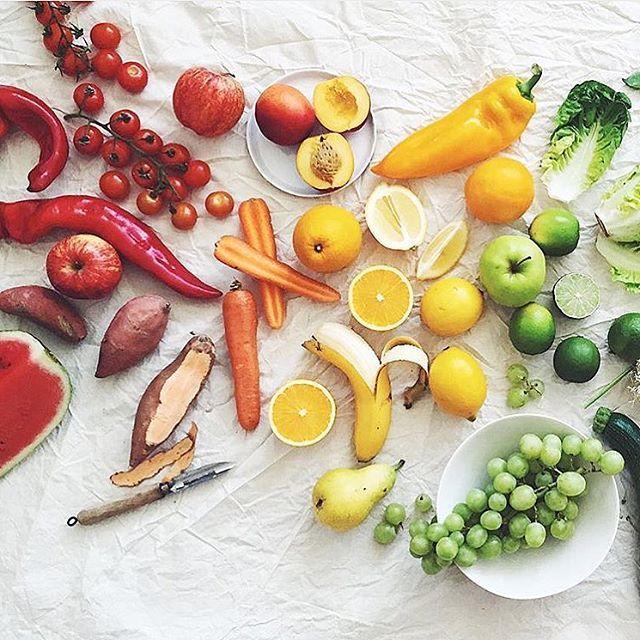 Pi di 25 fantastiche idee su arcobaleno di frutta su - Frutta che fa andare in bagno ...