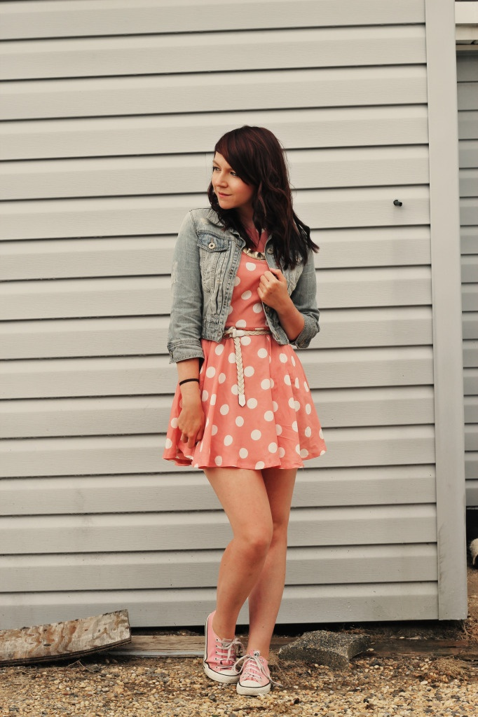 girl next door fashion outfit