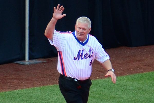 Lenny Dykstra is back at it again - he is being accused of trashing a Hamptons hotel room and stealing a receptionist's sunglasses