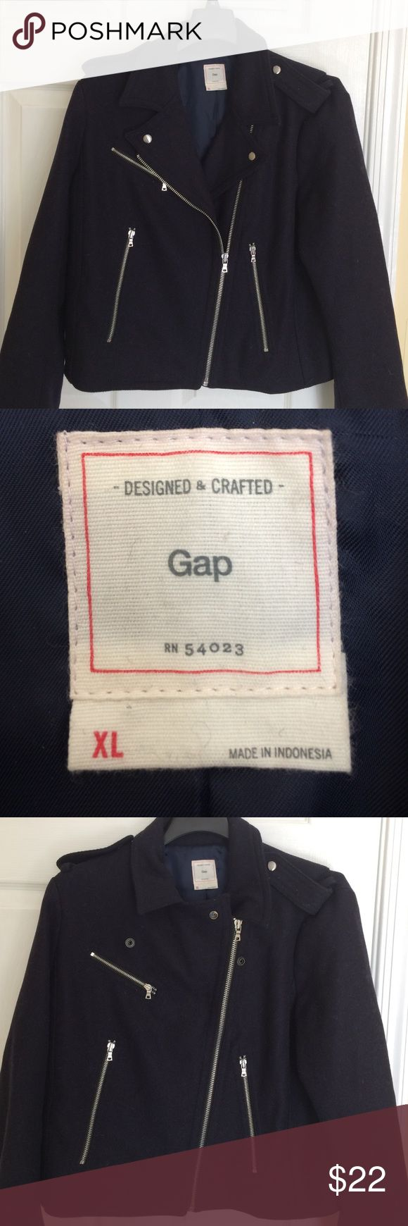 Women's Gap jacket Navy blue gap jacket in excellent condition. Warm jacket with 3 front pockets. Selling for my sister! GAP Jackets & Coats