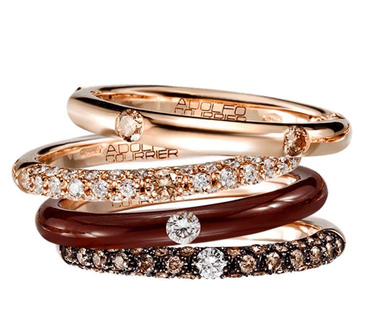 Модный аксессуар, который создан для творческих натур. Золотые кольца с бриллиантами станут неотъемлемой деталью вашего образа. Привлекательное и очень стильное украшение подойдет к праздничному и будничному образу. Цветовая палитра подарит яркое настроение, цвет шоколада настраивает на сладкую жизнь.