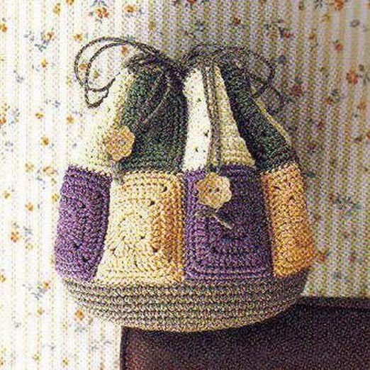 Вязаная сумка крючком из мотивов.
