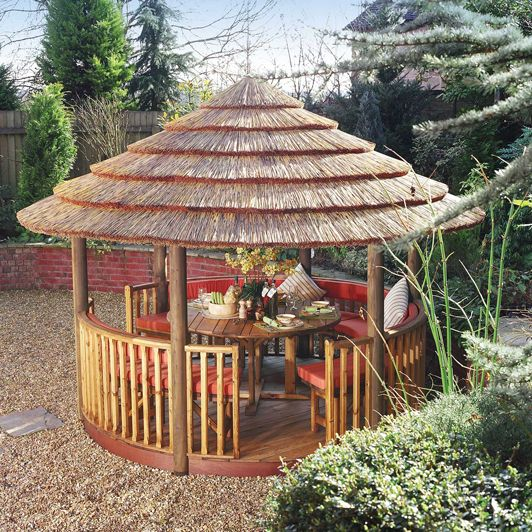 Our Breeze Houses are great for adding a spot of luxury to any garden, with a range of customisable options we can make a Breeze House perfect for you! #garden #gardenbuildings #gazebo #BreezeHouse #gardeninspo