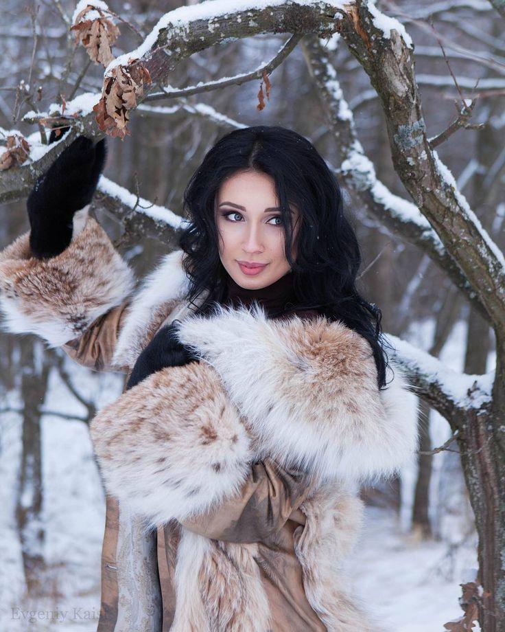 Long fur coat fetish gallery