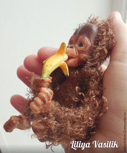 Игрушки животные, ручной работы. Ярмарка Мастеров - ручная работа. Купить Братья наши меньшие - Детеныш орангутанга 2. Handmade.