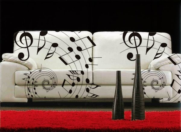 May: Sofa musical-Sofa Leopardo. Wouldn't this be fun in a music studios waiting room