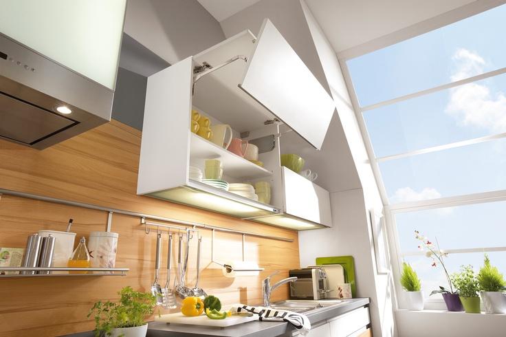 Meuble avec ouverture lift pliant cuisine aviva for Aviva cuisine annemasse