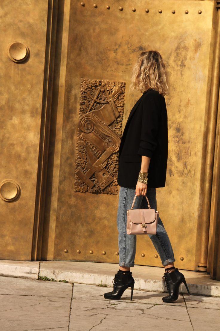18 best Mom Jeans, Dentelle & Résille images on Pinterest | Classic ...