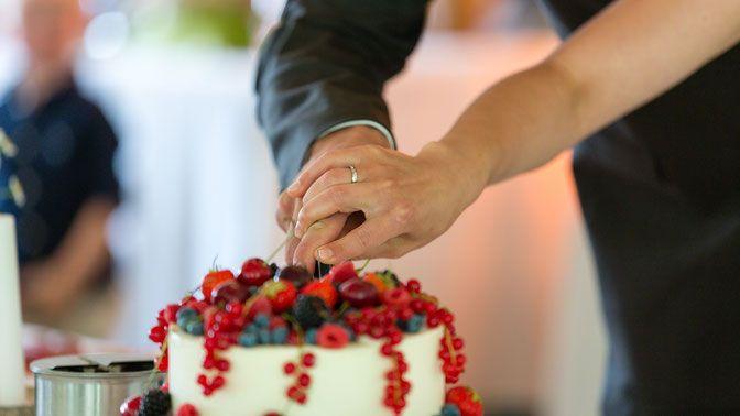 Foto einer Hochzeitstorte Berlin, Hochzeitsfotos Hochzeitsreportage Deko Ideen Dekoration ideas