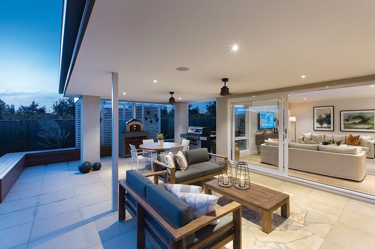 Expansive outdoor alfresco at the Forsyth display home in a Tuscany World of Style.