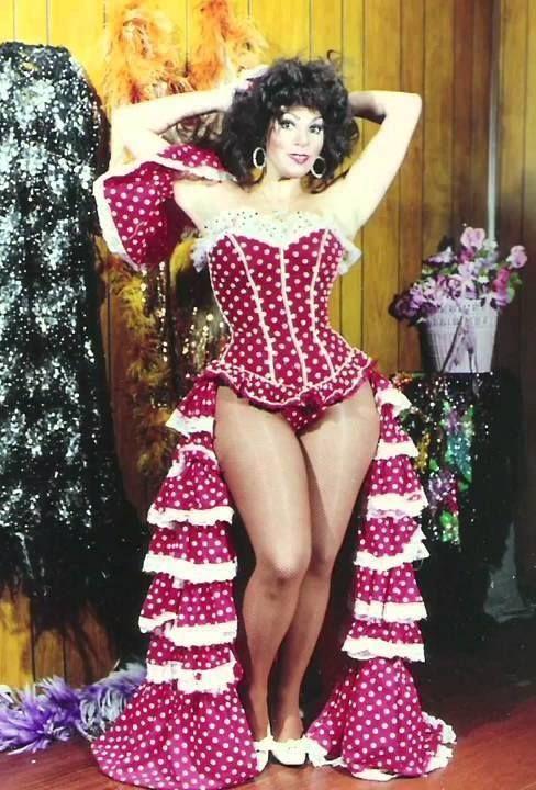 Gina Montes, vedette de la TV y cine mexicano años 80s.