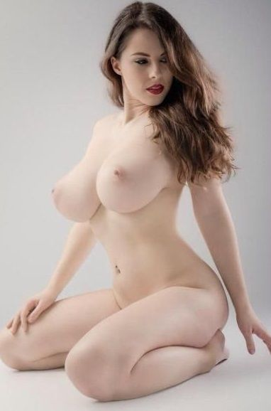 Hot naked women bodies