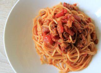 Spaghetti s lilkovou omáčkou