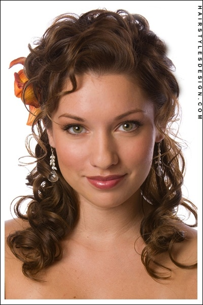 Hair styles: Curly Hairstyles, Bridesmaid Hair, Wedding Ideas, Medium Length Hair, Wedding Updo, Hair Wedding, Bridal Hairstyles, Hair Style, Wedding Hairstyles