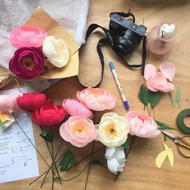 A little lovely mess created during a mini photoshoot I had with @nataliestudio last week. The light was so pretty I had to take a photo ☺️ . And HELLO to all my new followers! Thank you for adding me and I hope you enjoy these paper blooms  . #paperblooms #paperpeonies #paperflorist #keepblooming #peonies #peonyworkshop #behindthescenes #peonyworkshop #crepepaperpeonies #crepepaperpeony #handmadepeonies #handmadeflowers #madeinsg #madewithlove #madewithpaper #crepepaperflowers…