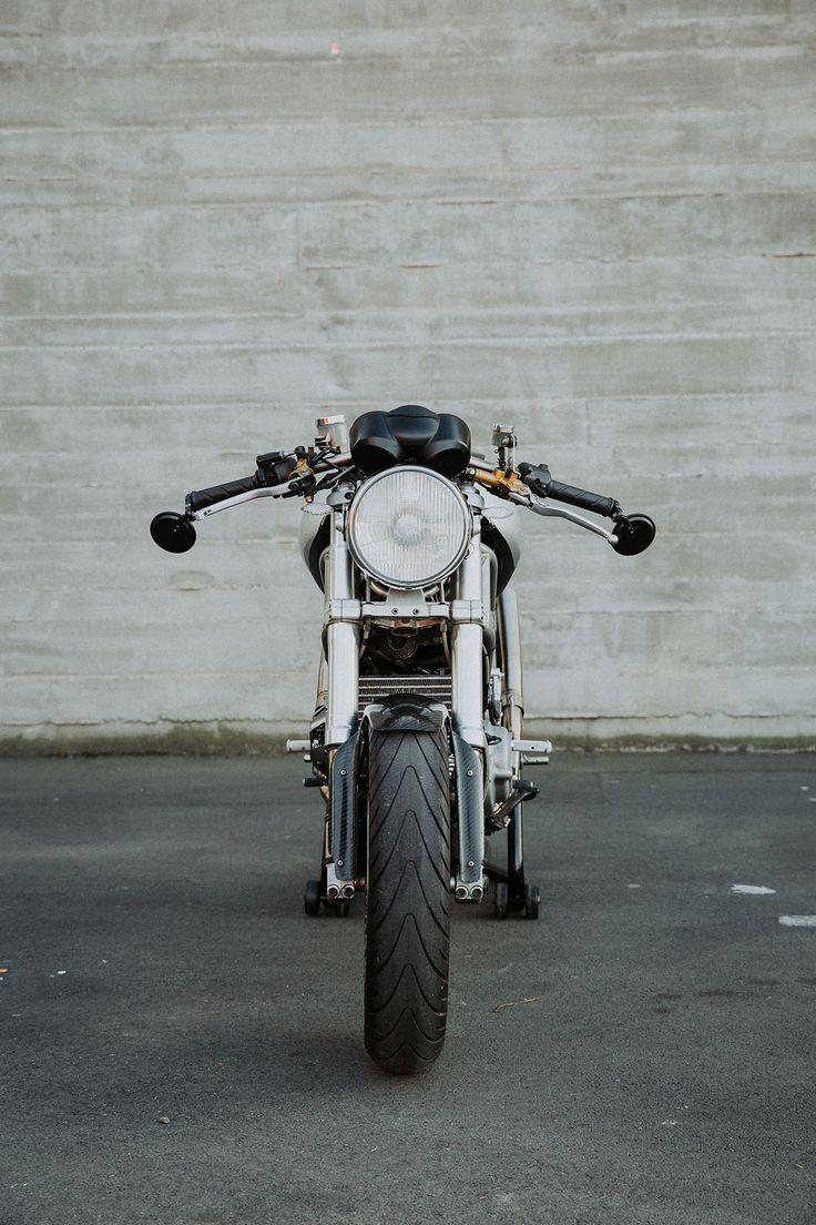 Mostro Brutale  Lees Ducati Monster