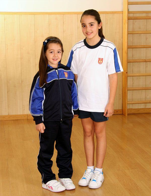 Uniforme deportivo:      Chándal azul, modelo del Colegio.     Camiseta blanca, modelo del Colegio.     Pantalón corto azul marino, modelo del Colegio (Verano).     Calzado deportivo preferentemente blanco.