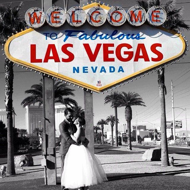 116 best images about las vegas wedding on pinterest for Las vegas sign wedding