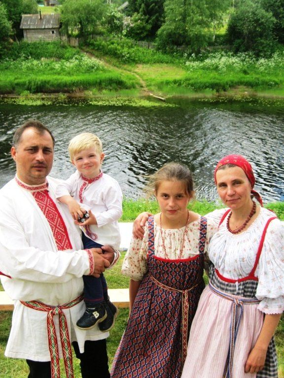 Russian family in traditional costumes. #kids