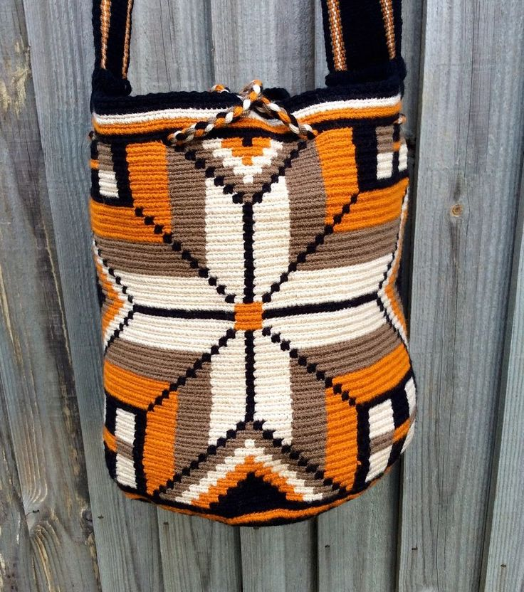 Authentic Mochila Wayuu medium size bag, handwoven in La Guajira Colombia, #PeaceLuv $154.49