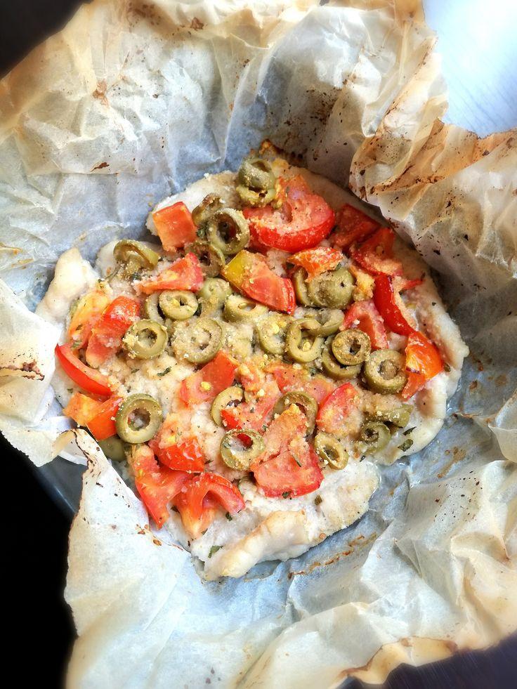 Sogliola al cartoccio con pomodorini e olive