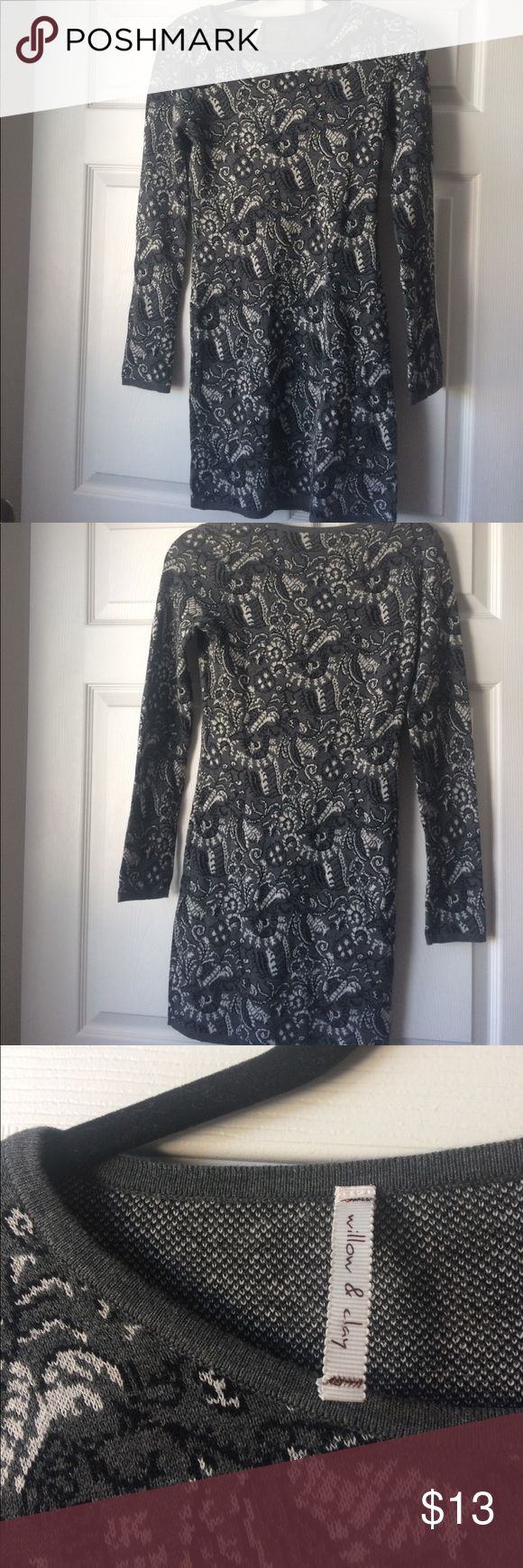 Willow and Clay - Gray Winter Dress 🌚 Bought this dress for a Christmas party and never wore it! Stretchy and thick, very warm. Form fitting so it looks great with curves! Willow & Clay Dresses Long Sleeve