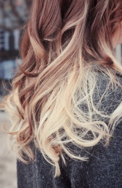 : Ombre Hair Colors, Brown To Blondes, Dips Dyes, Haircolor, Ombrehair, Hairstyle, Hair Style, Two Tones, Highlights