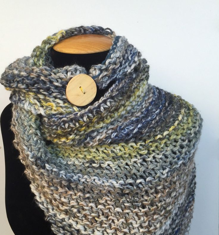 Xal amb botó/ Chal con botón/ Wool shawl de TOCShandmade en Etsy