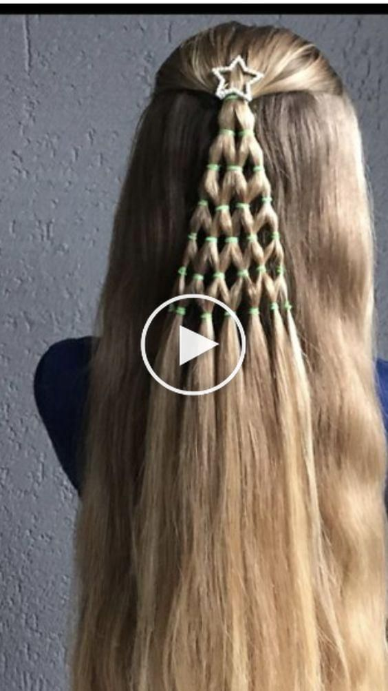 12 Inspirational Best Hairstyle For Christmas Eve Sweet And Pretty Schonheit Info Christmas Eve In 2020 Christmas Hairstyles Christmas Hair Hair Styles