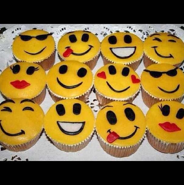 14 best images about Emoji Sweets on Pinterest Cute ...