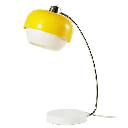 Material plastic, metal Dimensions 55 x 30 cm Manufacturer Polam-Meos Available pieces 1 Yellow-white lamp with metal base and chrome legs. ...
