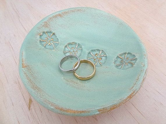 Ceramic ring holder with gold detail. by SpringwoodPorcelain
