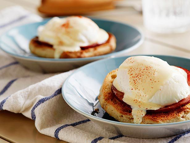 15-Minute Eggs Benedict — Most Popular Pin of the Week