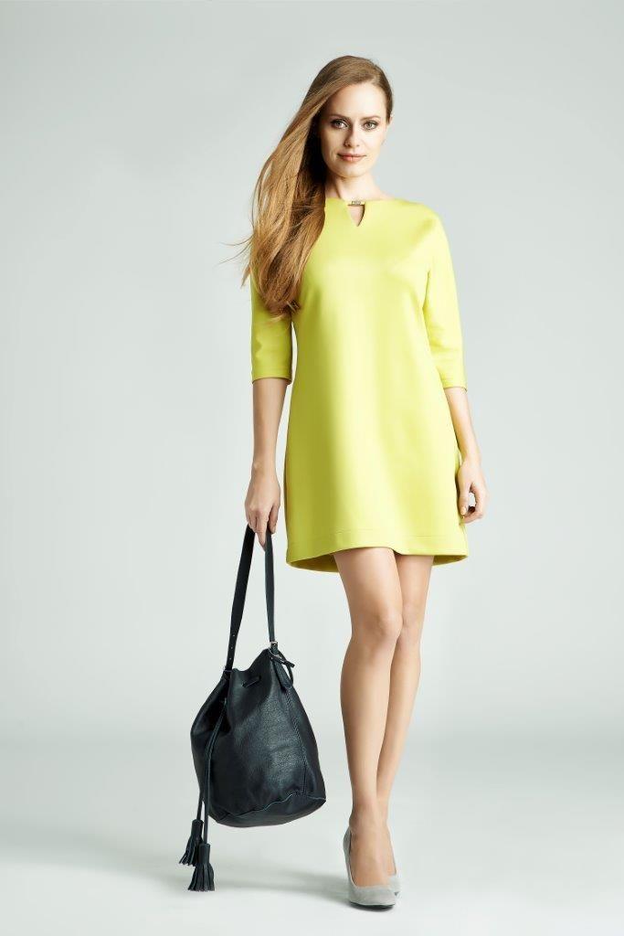 Energetyczna limonka i minimalistyczna forma to hit! Nie może go zabraknąć w Twojej szafie!  #QSQ #fashion #inspirations #outfit #ootd #look #spring #summer #lime #yellow #casual #work #elegance #formal #formalwear #dress #minimal #feminine #bag