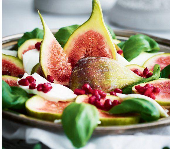 Sallad med mozzarella och färska fikon | Recept.se