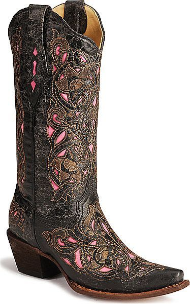 Suh-weet boots!  ♥