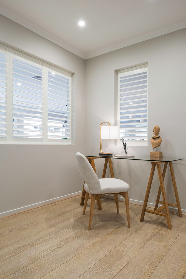 Create a uncluttered and simple space which enables you to work effectively.