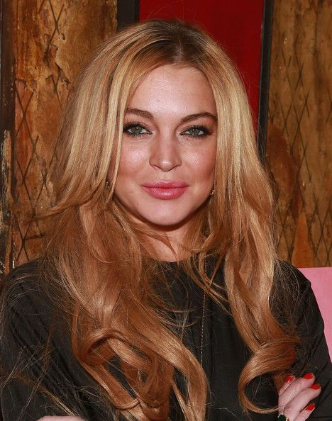 Lindsay Lohan Hair Looks - StyleBistro